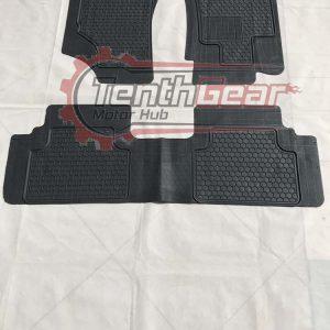 Universal Floor Mats CR-8