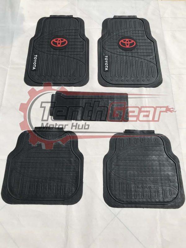 Toyota Black Floor Mats CR-3 5pcs